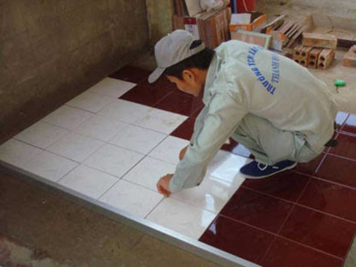 Tư-vấn-chọn-sàn-gỗ-hay-gạch-men-lót-nền-nhà-11.jpg